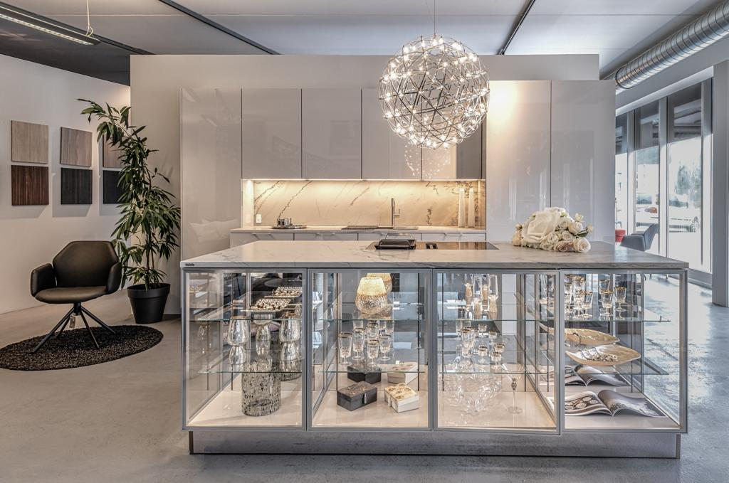 joe 39 s m belboutique siematic k chen innsbruck. Black Bedroom Furniture Sets. Home Design Ideas